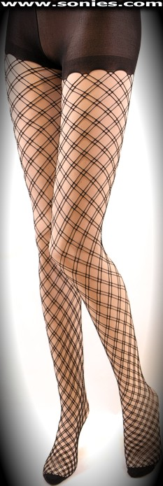 Fabulous Iuventas stretch flaring netted Lycra pantyhose