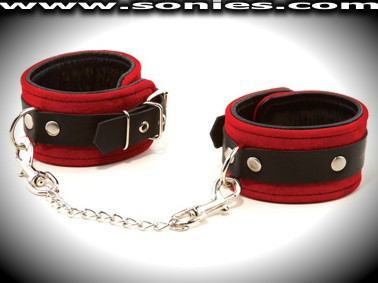Atacazo red suede leather ankle restraints with metal D-rings